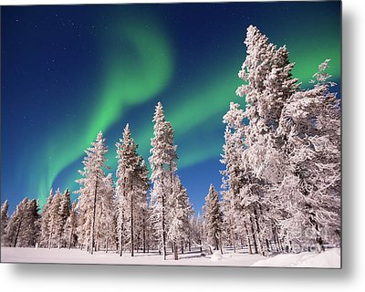 Aurora Borealis Metal Print by Delphimages Photo Creations
