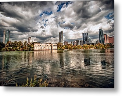 Austin Skyline On Lady Bird Lake Metal Print by John Maffei