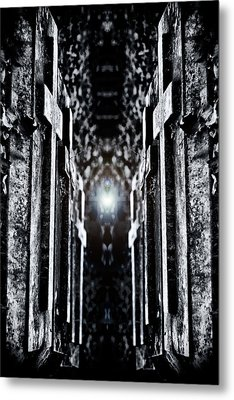 Awaits The Light Metal Print by Scott Wyatt