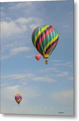 Balloons Over The Desert Metal Print by Allen Sheffield