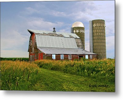 Metal Print featuring the photograph Barn by Don Durfee