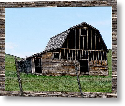 Metal Print featuring the photograph Barn by Susan Kinney