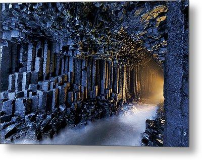 Basalt Pillars Line Fingals Cave Metal Print by Jim Richardson