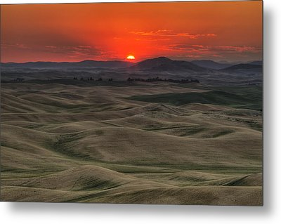 Before The Glory Metal Print by Mark Kiver