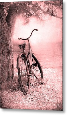 Bicycle In Pink Metal Print by Sophie Vigneault