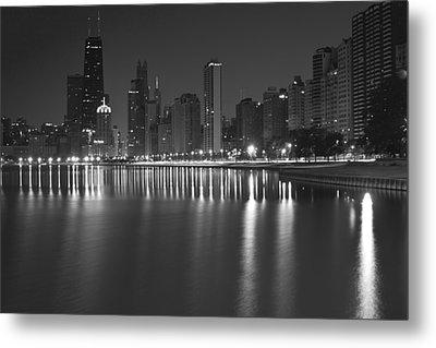 Black And White Chicago Skyline At Night Metal Print by Sven Brogren