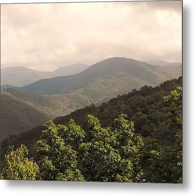 Blue Ridge Overlook Metal Print by Eva Thomas