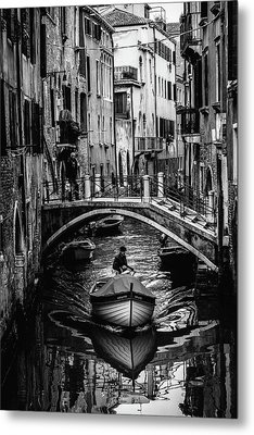 Boat On The River-bw Metal Print by Okan YILMAZ