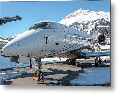 Bombardier Challenger 350 Se-rma Snowed Metal Print by Roberto Chiartano