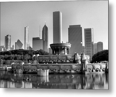 Buckingham Fountain - 2 Metal Print by Ely Arsha