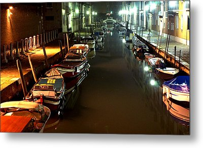 Canal In Venice At Night Metal Print by Michael Henderson