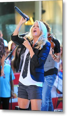 Carrie Underwood On Stage For Nbc Today Metal Print by Everett