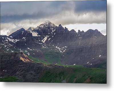 Metal Print featuring the photograph Castle Peak by Aaron Spong