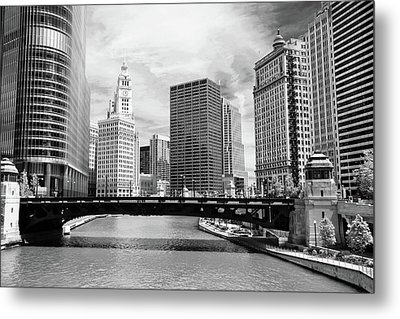Chicago River Buildings Skyline Metal Print by Paul Velgos