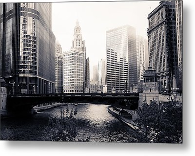 Chicago River Skyline Metal Print by Paul Velgos