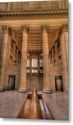 Chicagos Union Station Waiting Hall Metal Print by Steve Gadomski