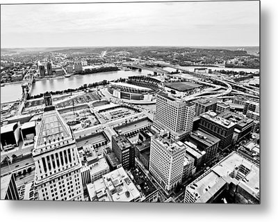 Cincinnati Skyline Aerial Metal Print by Paul Velgos