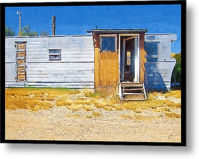 Metal Print featuring the photograph Classic Trailer by Susan Kinney