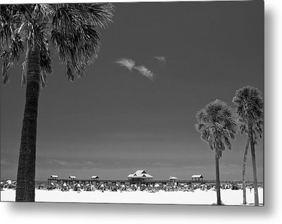 Clearwater Beach Bw Metal Print