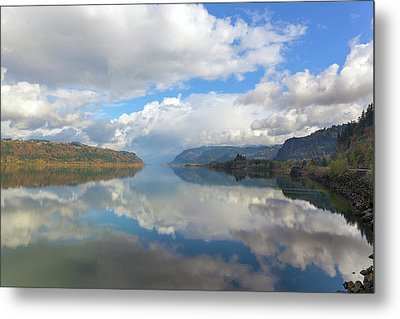 Clouds Reflection On The Columbia River Gorge Metal Print by David Gn