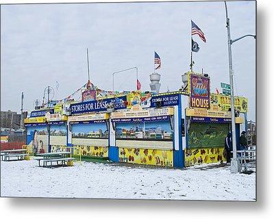 Colorful Coney Island Stand Metal Print by Andrew Kazmierski