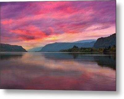Colorful Sunrise At Columbia River Gorge Metal Print by David Gn
