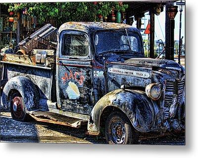 Conch Truck Metal Print by Joetta West
