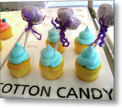 Metal Print featuring the photograph Cotton Candy Cupcakes by Beth Saffer