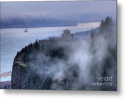 Crown Point Vista House Fog Columbia River Gorge Oregon Metal Print