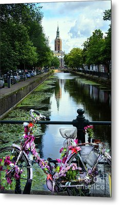Metal Print featuring the photograph Canal And Decorated Bike In The Hague by RicardMN Photography