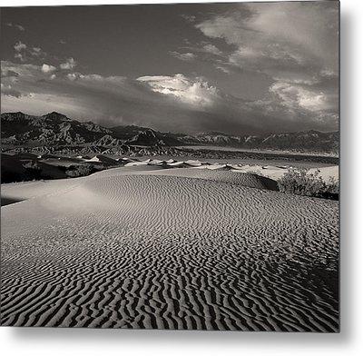 Desert Dunes Metal Print by Gary Cloud