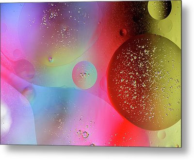 Metal Print featuring the photograph Digital Oil Drop Abstract by John Williams