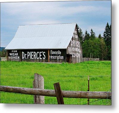 Dr Pierce' Barn 110514.109c1 Metal Print by Ansel Price