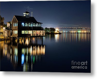 Metal Print featuring the photograph Edgewater Grill by Eddie Yerkish