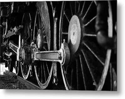 Engine 470 Metal Print by Chad Tracy