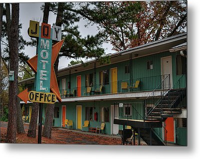Metal Print featuring the photograph Eureka Springs - Joy Motel 001 by Lance Vaughn