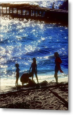 Evening At The Beach Metal Print by Stephen Anderson