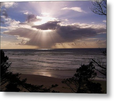 Explosion Of Light Metal Print by Angi Parks