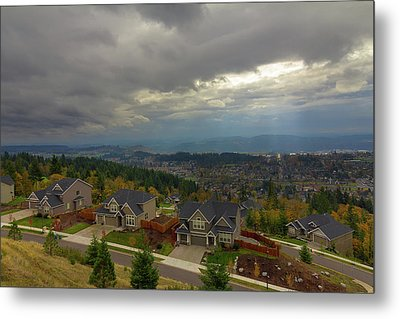 Fall Season In Happy Valley Oregon Metal Print by David Gn