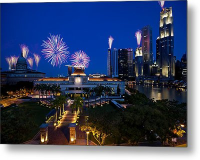 Fireworks Over Parliament Metal Print by Ng Hock How