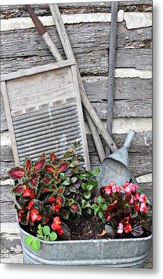 Flowers And Plants In Wash Tub Metal Print by Linda Phelps