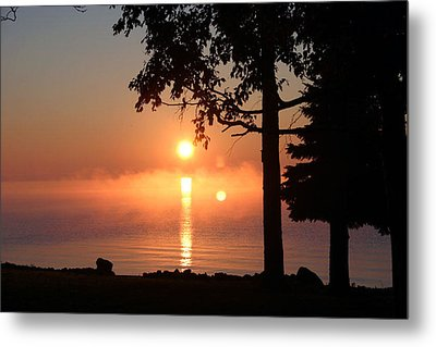 Metal Print featuring the photograph Fog With A Sunrise On Big Bago by Jack G  Brauer