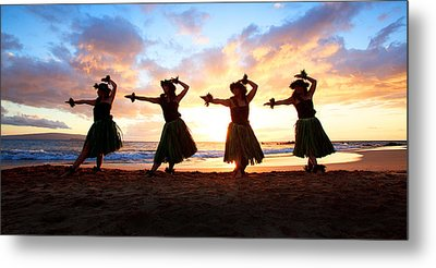 Four Hula Dancers At Sunset Metal Print