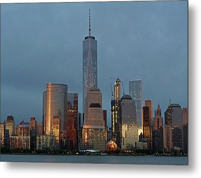 Freedom Tower At Dusk Metal Print