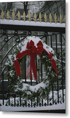 Fresh Snow Covers A Christmas Wreath Metal Print by Stephen St. John