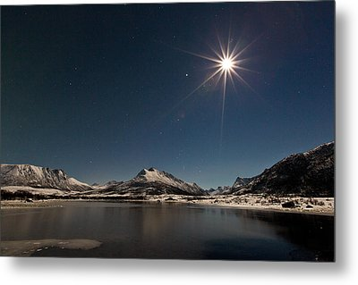 Full Moon In The Arctic Metal Print