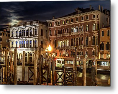 Metal Print featuring the photograph Full Moon Over Venice by Andrew Soundarajan