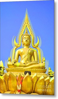 Gold Buddha Statue Metal Print by Somchai Suppalertporn