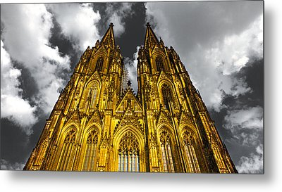 Golden Dome Of Cologne Metal Print by Thomas Splietker