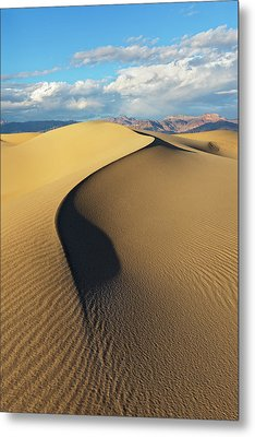Metal Print featuring the photograph Death Valley - Golden Wave by Francesco Emanuele Carucci